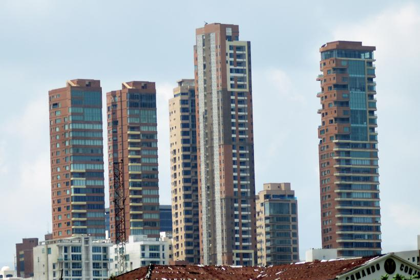 Los constructores están obligados a entregar una red contra incendios en los edificios.